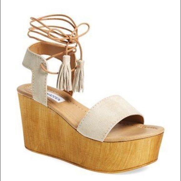 Steve Madden Wedges With Lace Up Tassle